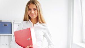 recepcionista ou secretária